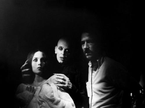 film-nosferatu-fantome-de-la-nuit-herzog1